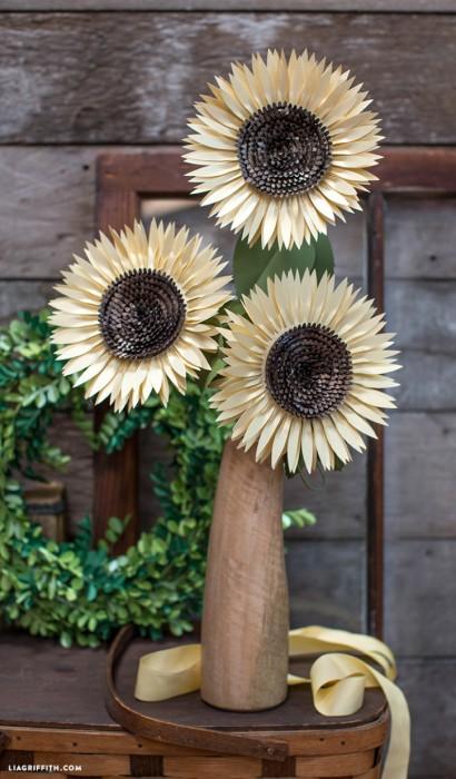 Metallic_Paper_Sunflower-724x1236