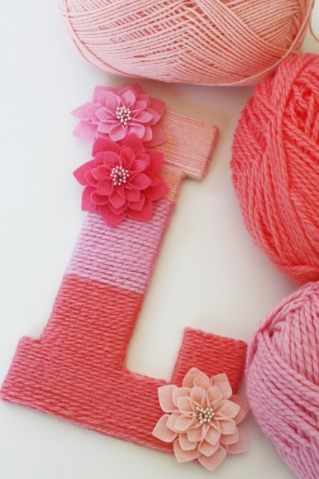 DIY How to Make a Yarn Wrapped Ombre Letter