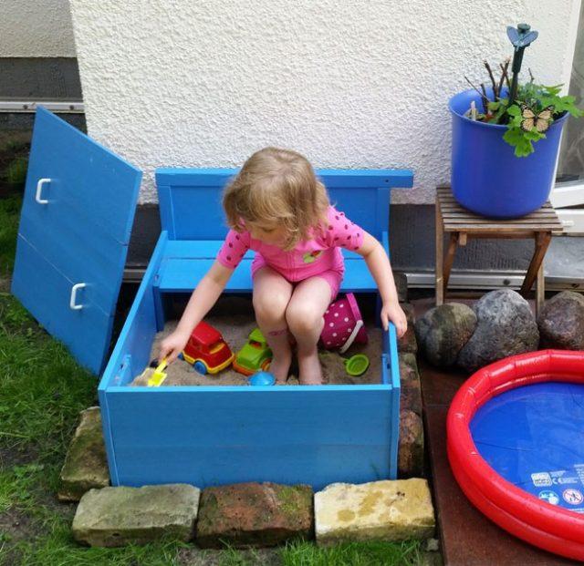 The Upcycled DIY Sandbox