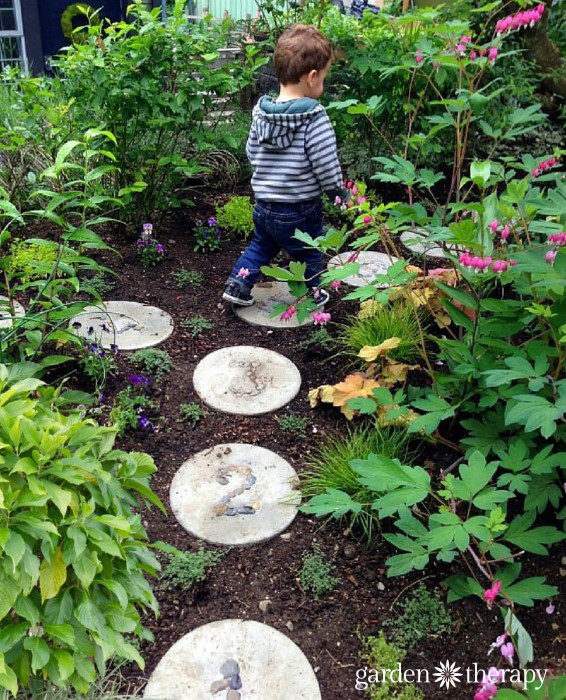 Hopscotch Garden Stepping Stones