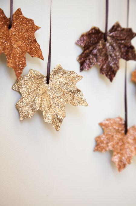 diy-glitter-leaf-garland