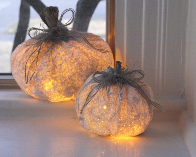 paper-pumpkin-luminary-halloween-decorations