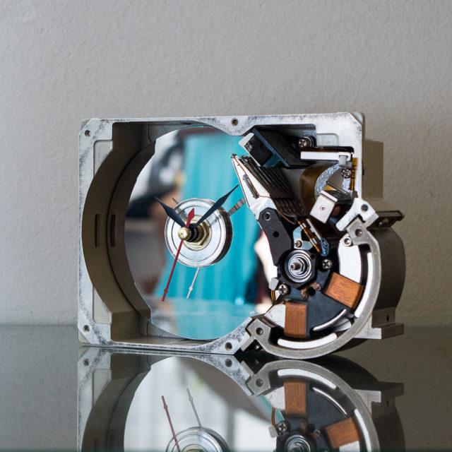 hard-drive-clock