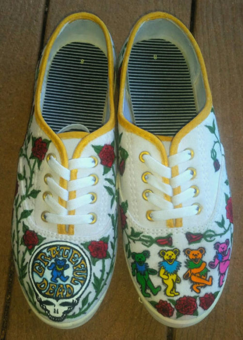 the-grateful-dead-hand-painted-sneakers