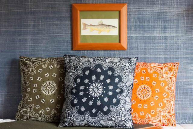 diy-bandana-pillows