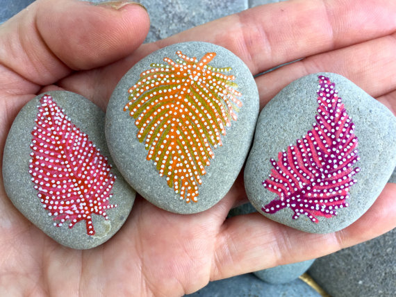 feathers-on-stones