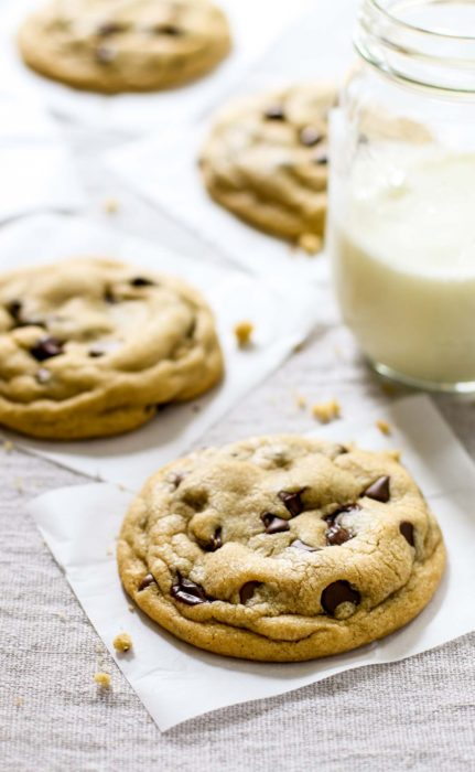 the-best-soft-chocolate-chip-cookies