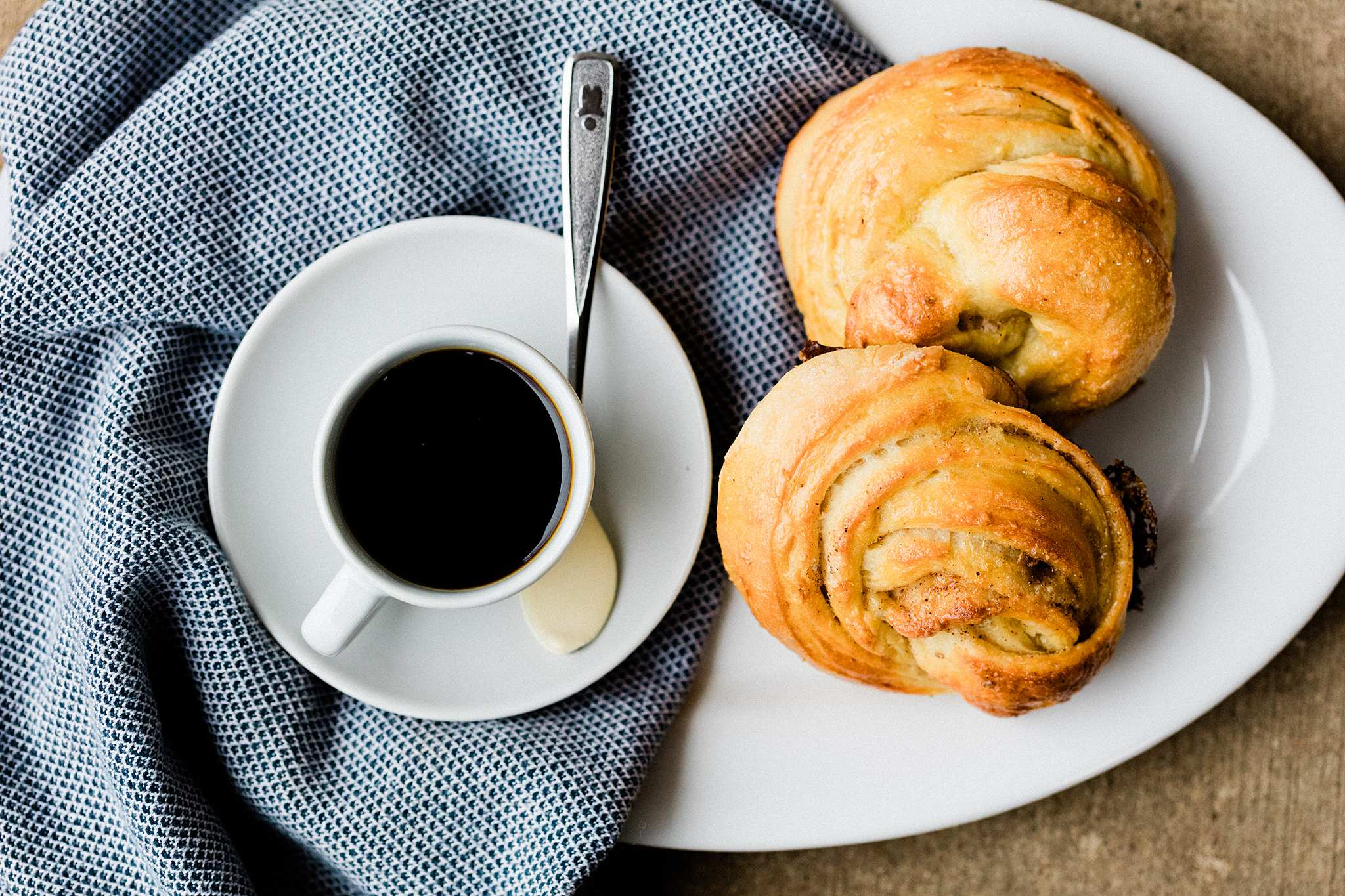 Cardamom Buns (Kardemummabullar) - Let's Taco Bout It Blog