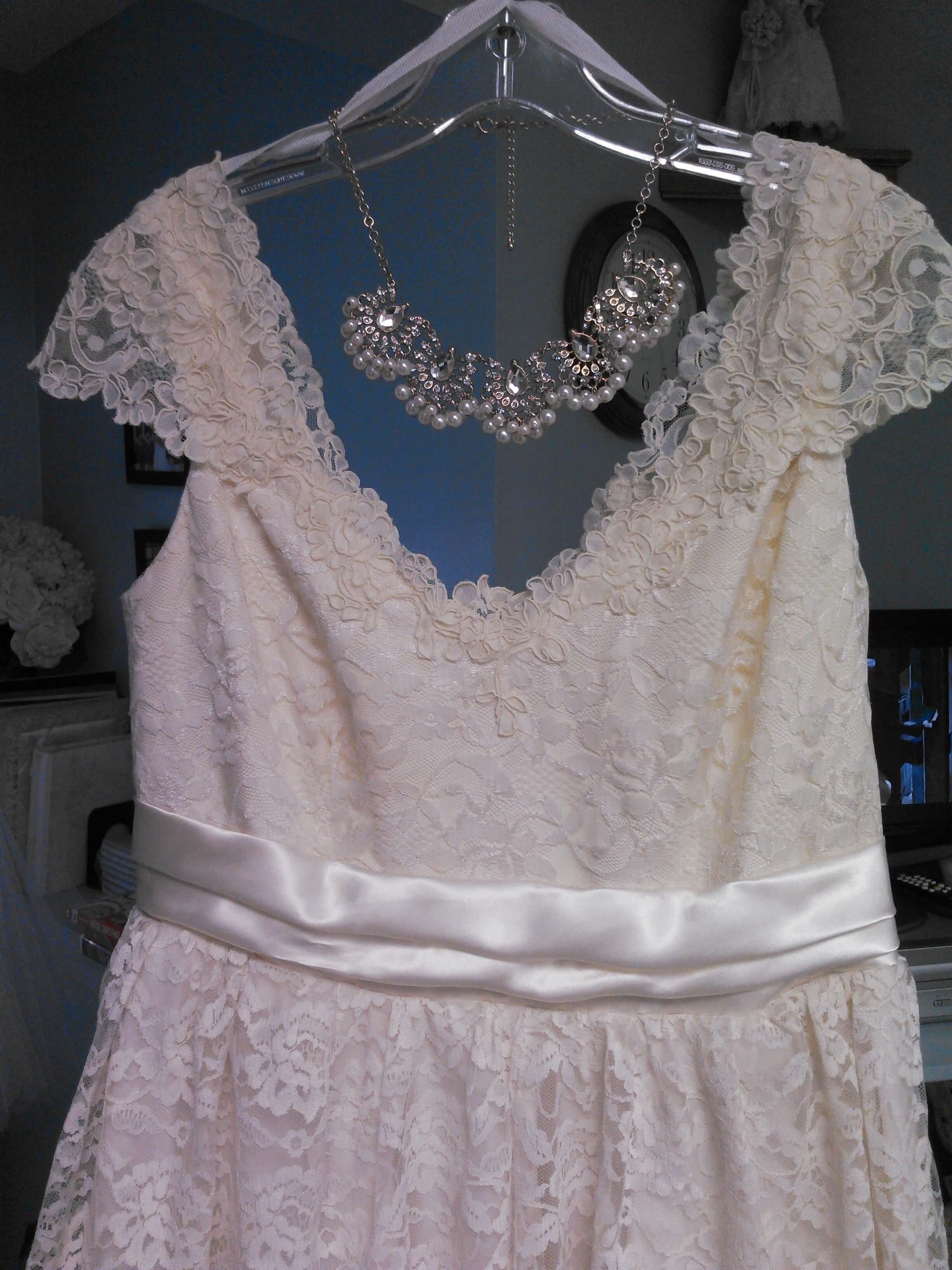 Vintage wedding dress | JenMar Creations