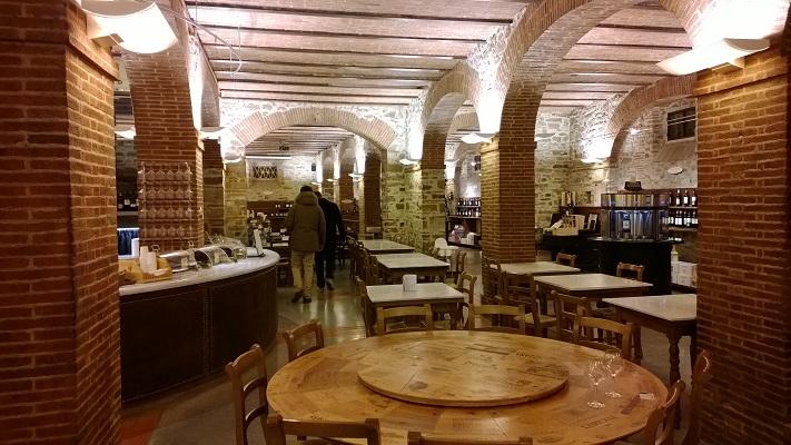 interieur wijnkelder