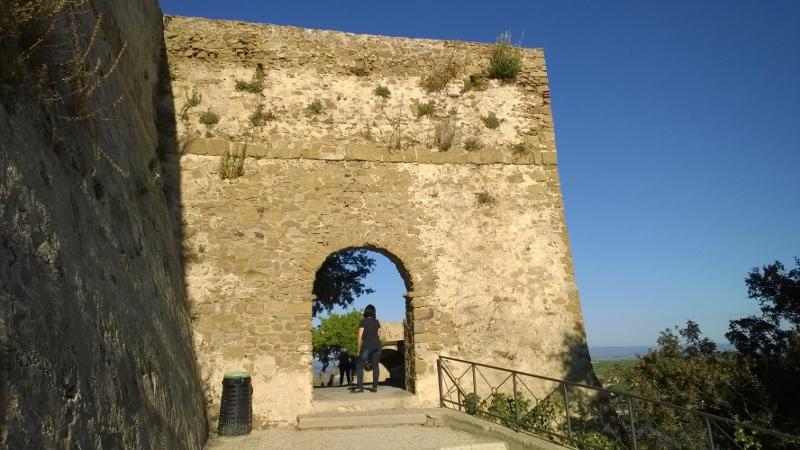 één van de 3 16de eeuwse stadspoorten