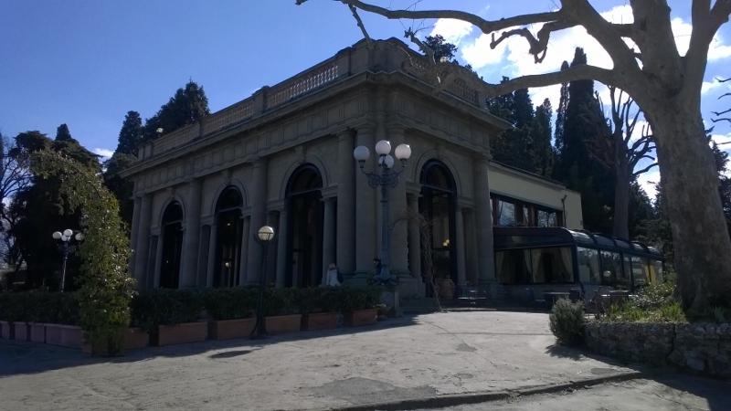 Kerk San Miniato al Monte Firenze 01 (800x450)