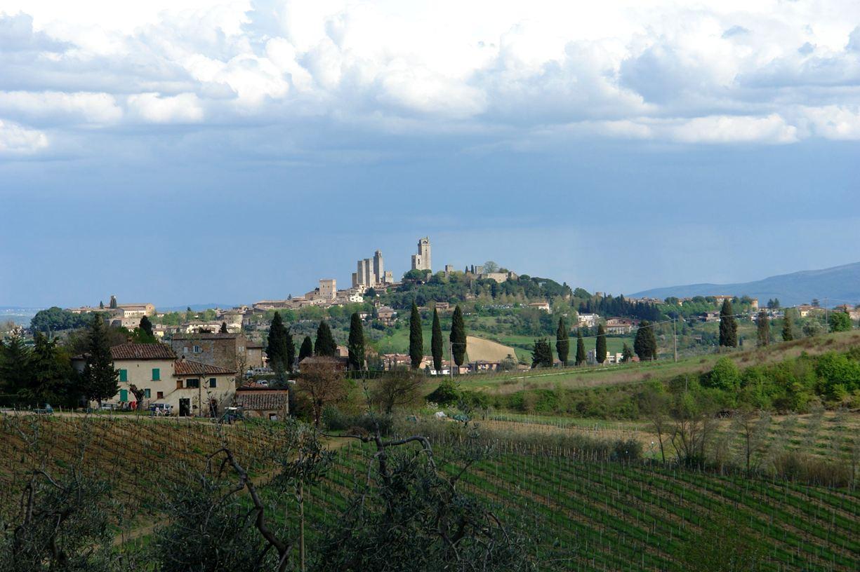 Zicht op San Gimignano vanuit Podere Le Sodole