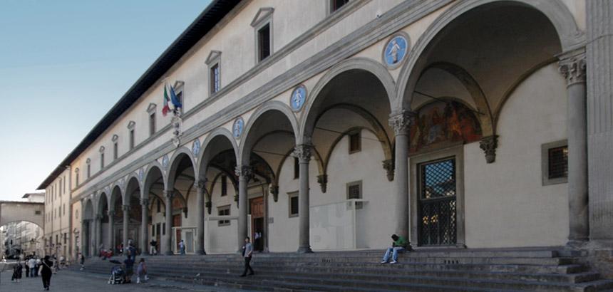 Het vroegere weeshuis Spedale degli innocenti