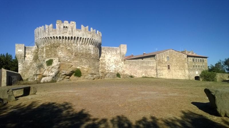 Het middeleeuwse kasteel van Populonia