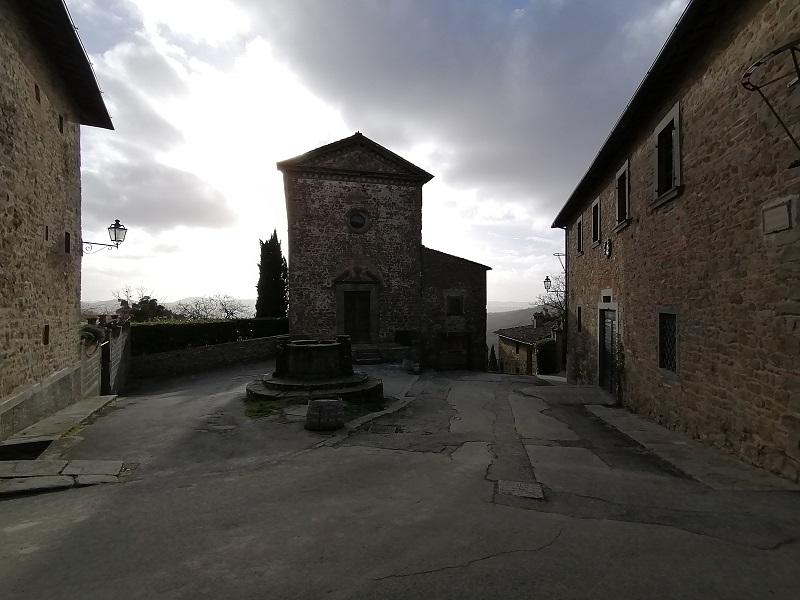 Piazza della cisterna Volpaia