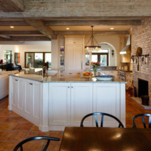 2165542-5-Kitchen
