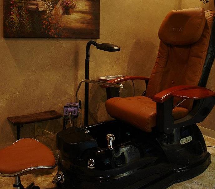 Massage Pedicure Chair at The Ritzz Salon