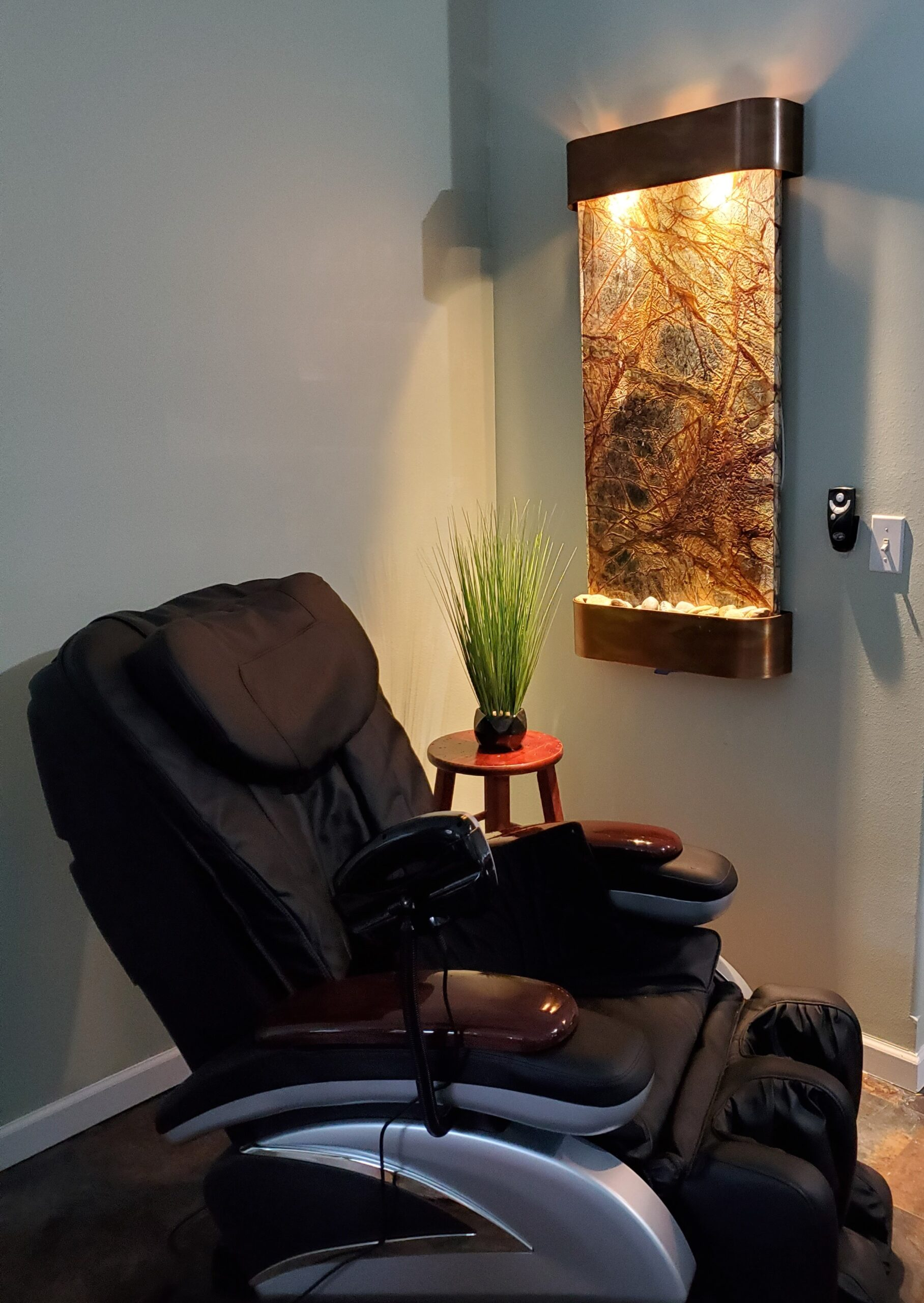 Waterfall and full body massage chair