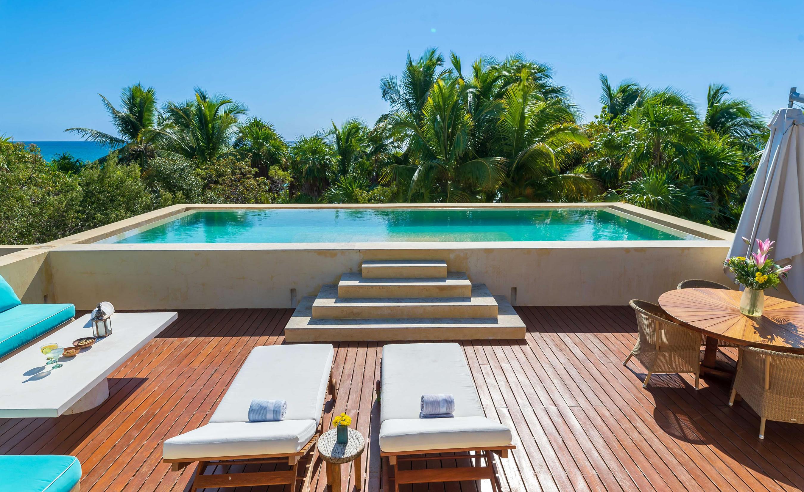 Hacienda Chekul - Rooftop Pool View