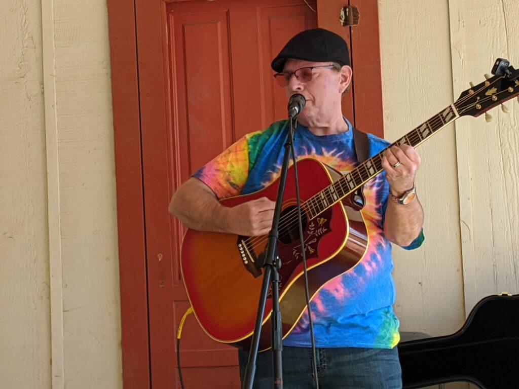 Performing at thje Glendale Az Folk Festival