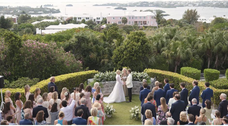 Adam Klopp and Meghan Horstman, Wedding in Bermuda Coral Beach Club