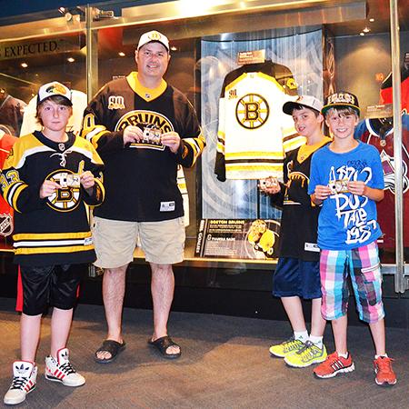 2014-Hockey-Hall-of-Fame-Team-Fan-Days-Upper-Deck-Goalie-Cards-Boston-Bruins-A
