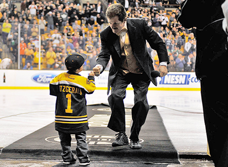Upper-Deck-Boston-Bruins-Liam-Fitzgerald-Trading-Card-Heroic-Inspirations-Pregame-First-Bump