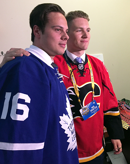 2016-NHL-Draft-Upper-Deck-First-Niagra-Toronto-Maple-Leafs-Auston-Matthews-Calgary-Flames-Mathew-Tkachukt