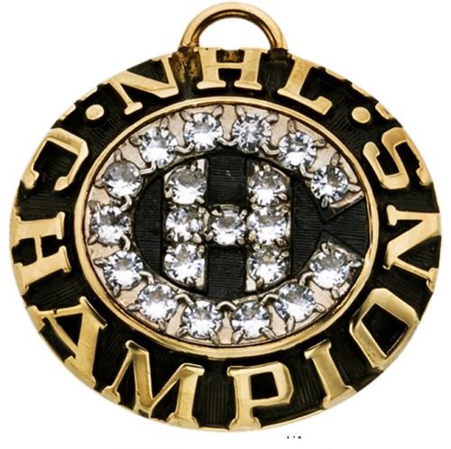nhl chronology redemption item montreal canadiens diamond pendant