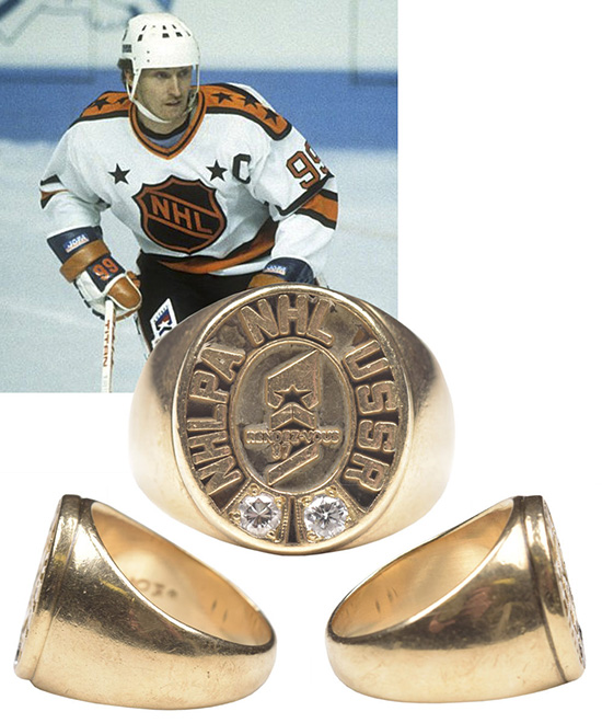 upper deck chronology wayne gretzky diamond gold ring card