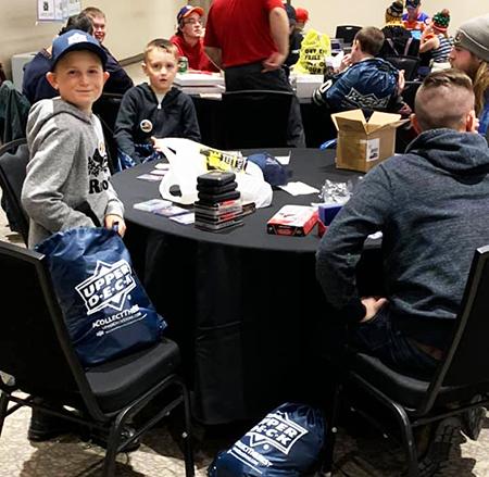 upper deck hockey card trade tour event