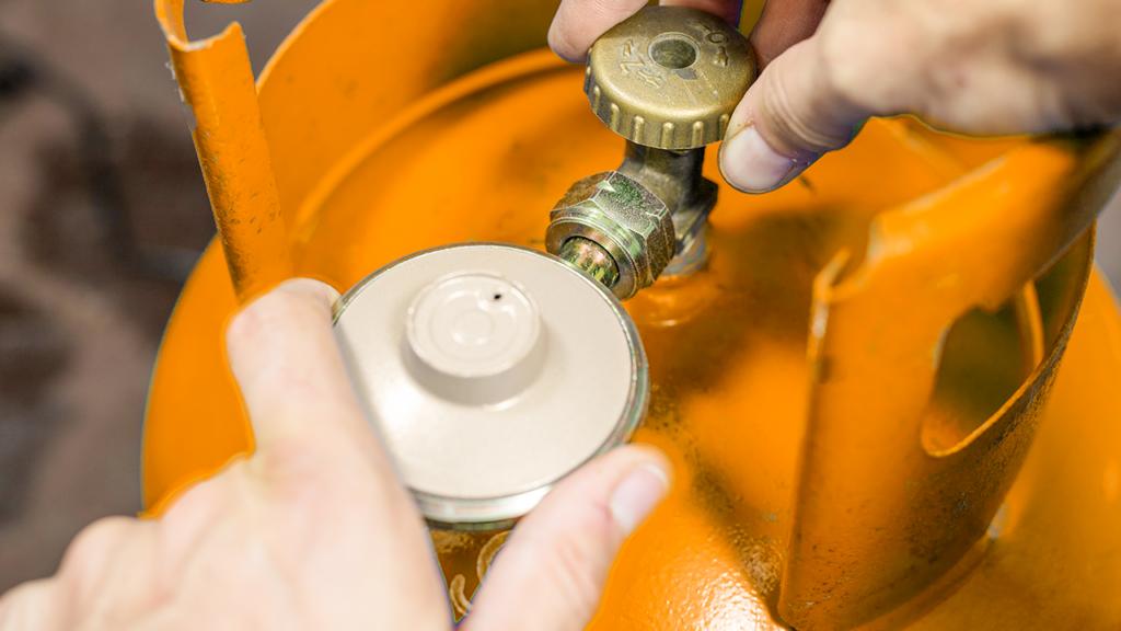 Consejos básicos para cambiar tu válvula o manguera de Gas LP