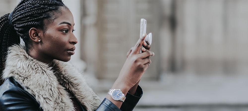 Articulo Modelos webcam aplican estos tips para tomar fotos profesionales con el celular img2