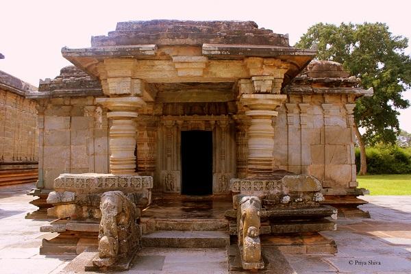 Basadi Digambar temple
