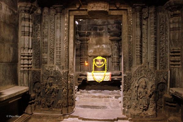 Shantaleshwara deity