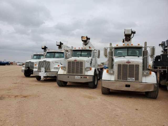 PETERBILT-WESTERN-STAR-Crane-Trucks