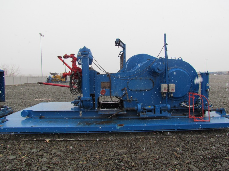 (1 of 8) F-1300 Triplex Mud Pumps - YD2