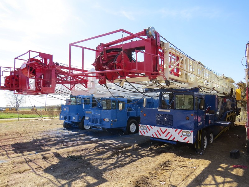 (3 of 11) Well Service Rigs – YD1