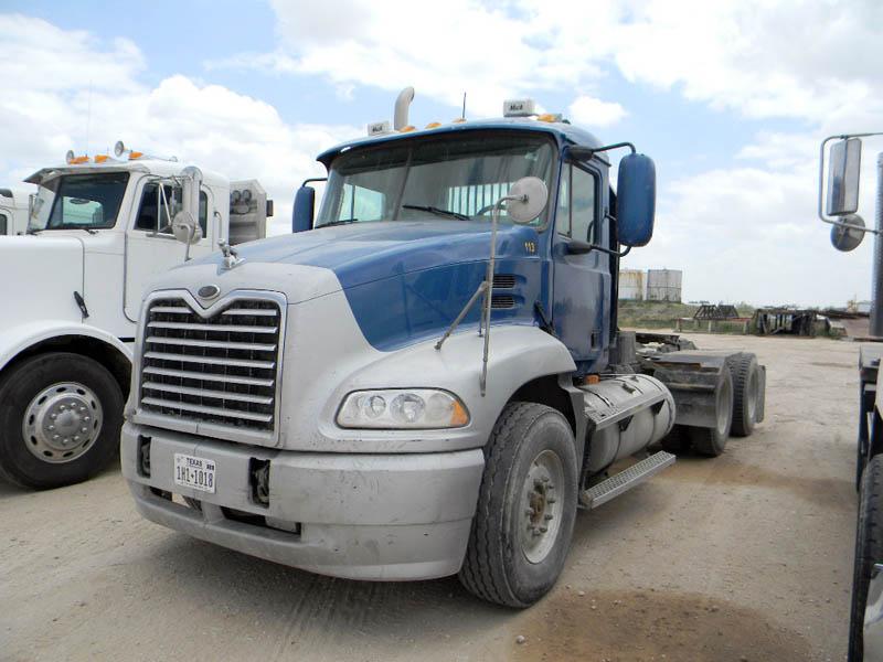 2003 MACK CX613 – DY2 YD1