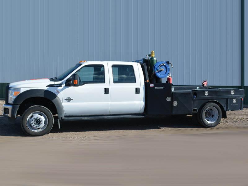 2015 F-550 w/PRONGHORN Flatbed - 10K Miles