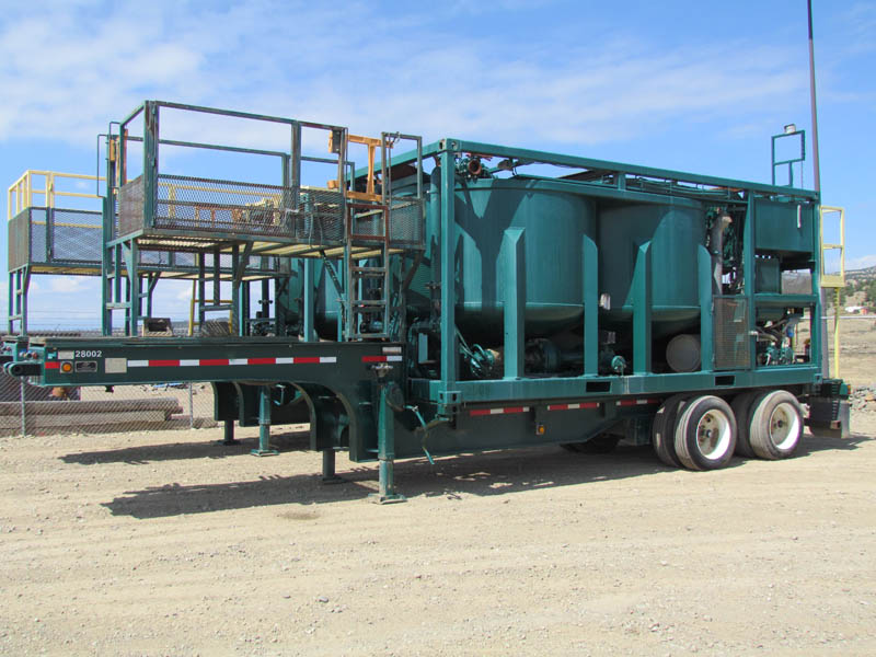 (1 of 2) '04 CROWN Batch Mixing Trailers