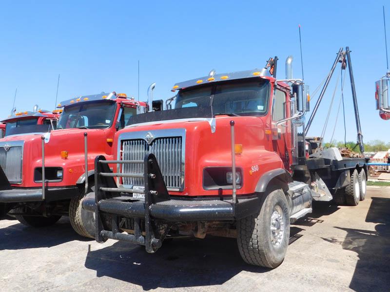(1 of 2) '05 INT'L Paystar 5600 Gin Truck – DY1 YD2
