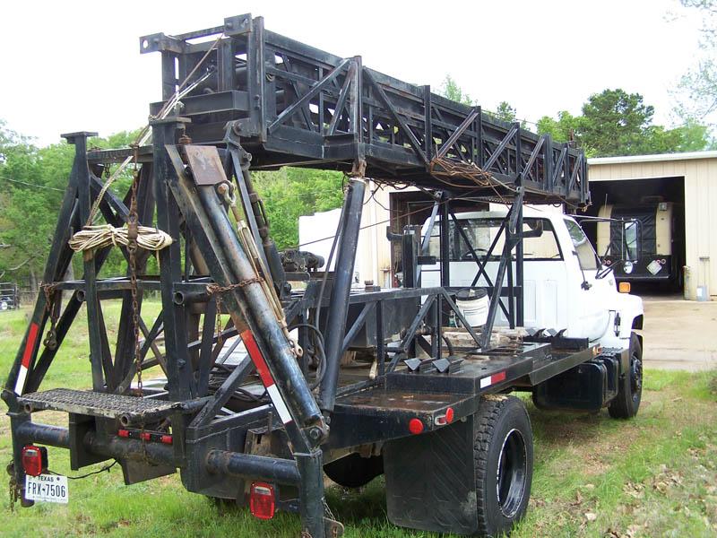 '92 GMC Wireline Mast Truck – DY2 YD8