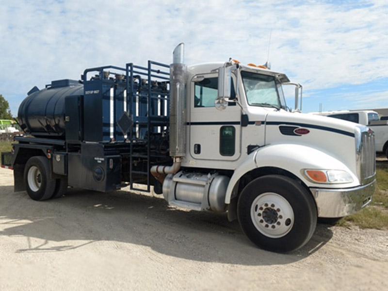2008 PETE 337 Treater Truck – YD1
