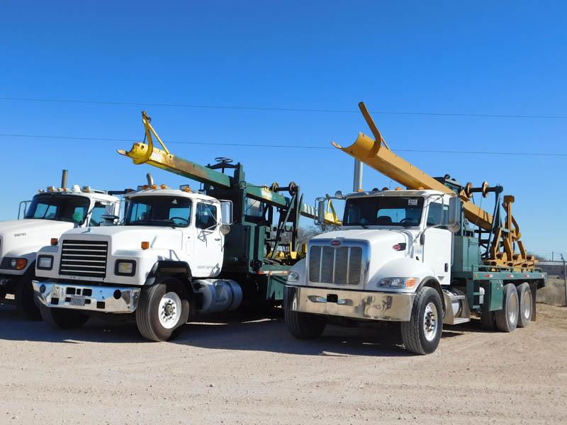 Casing Laydown Trucks – DY2 YD1