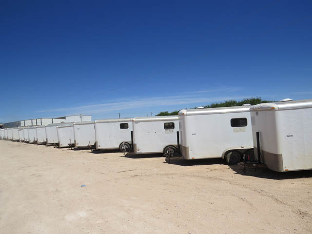 (60) Doghouse Trailers