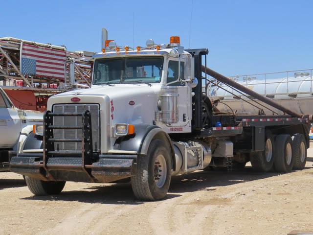 2012 PETE Pole Truck w/83K Miles – DY2 YD1