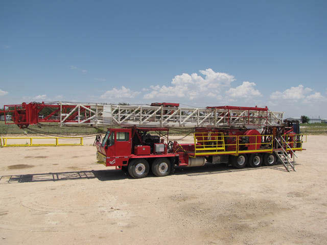 (1 of 3) '15 SERVICE KING 575 Rigs - DY1 YD1