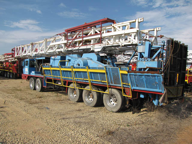 2013 EAGLE Well Service Rig - D1 YD13